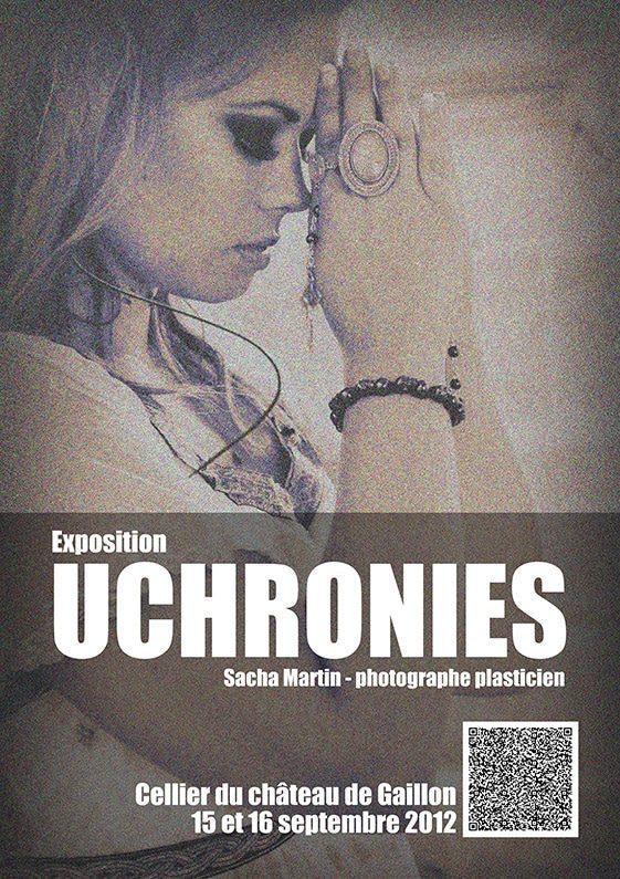 Une femme en prière pour l'exposition Uchronies au Château de Gaillon en 2012 ©Sacha Charles Martin